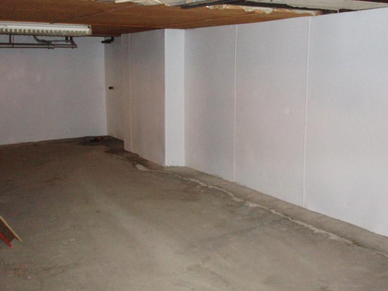 Basement wall waterproofing membrane